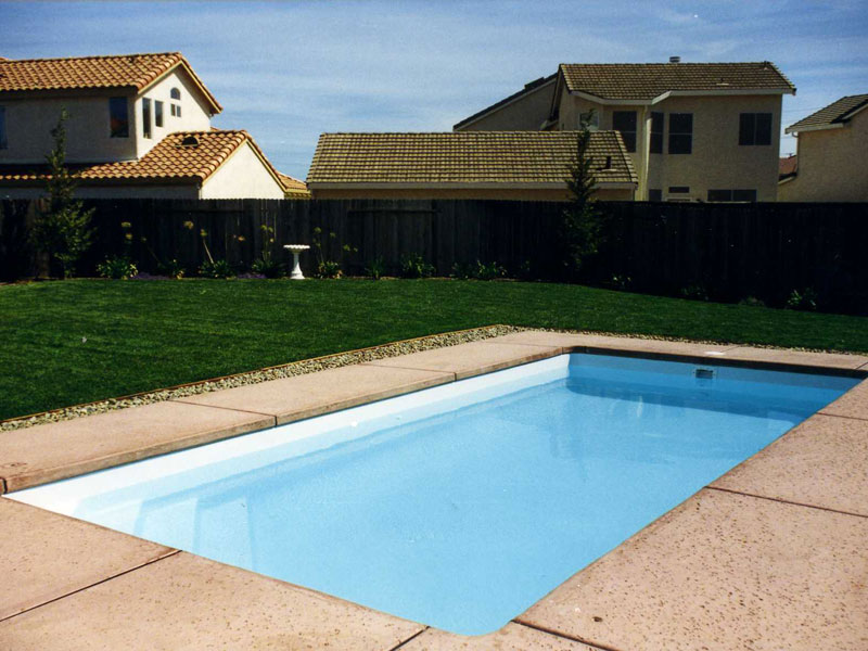 Rectangular pool designs styles ideas in dc md va for Fiberglass inground swimming pools