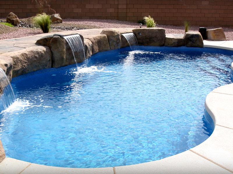 Laguna Deluxe Medium Fiberglass Viking Swimming Pool