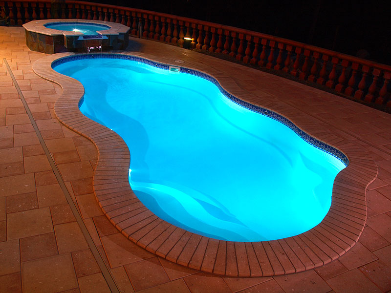 Laguna deluxe medium fiberglass viking swimming pool - Swimming pool lighting design ...