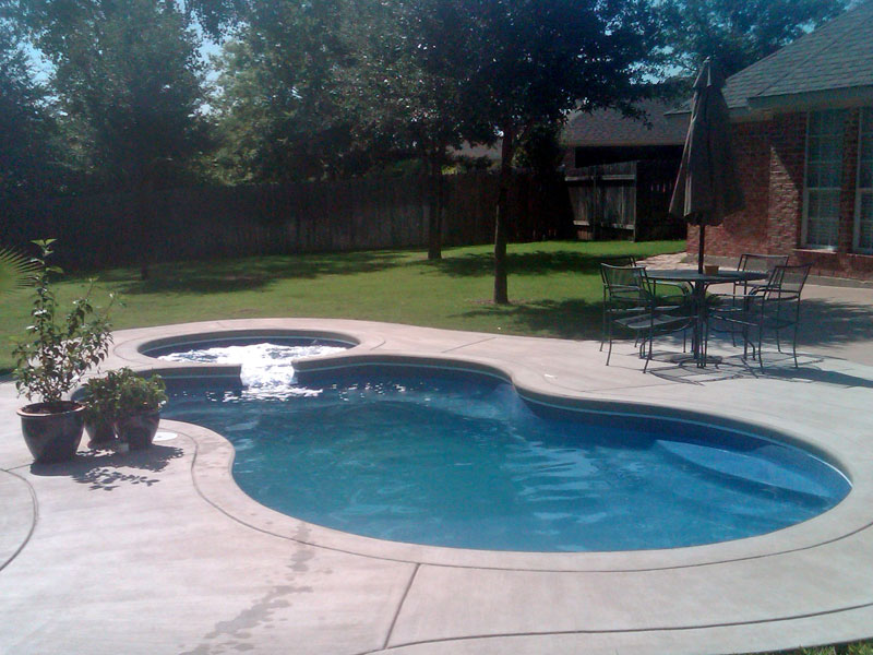 Malibu Medium Fiberglass Inground Viking Swimming Pool