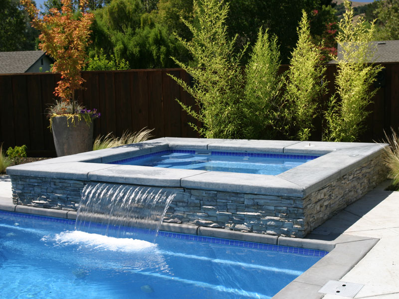 Royal spillover spa hot tub viking fiberglass pools for Spa and pool