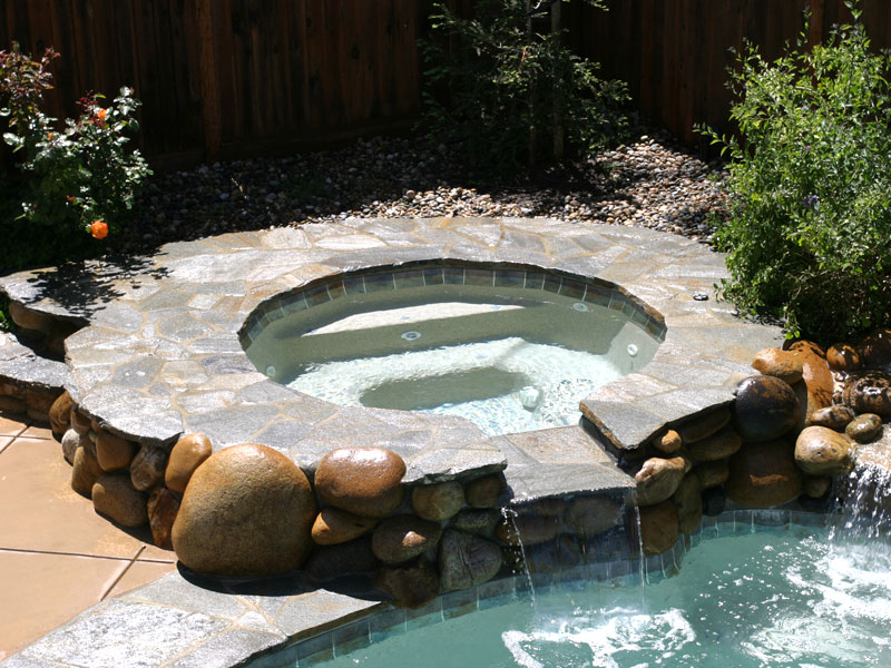 Tahoe Spillover Spa Amp Hot Tub Viking Fiberglass Pools