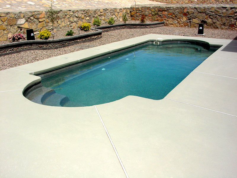 Chesapeake Medium Inground Fiberglass Viking Pool 5