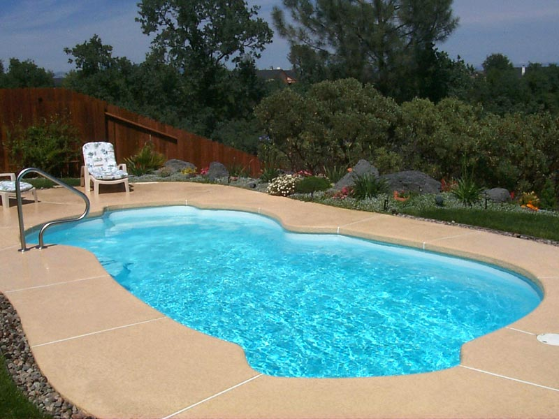 Fiberglass swimming pool paint color finish viking blue 6 calm water pools for How much water is in a swimming pool