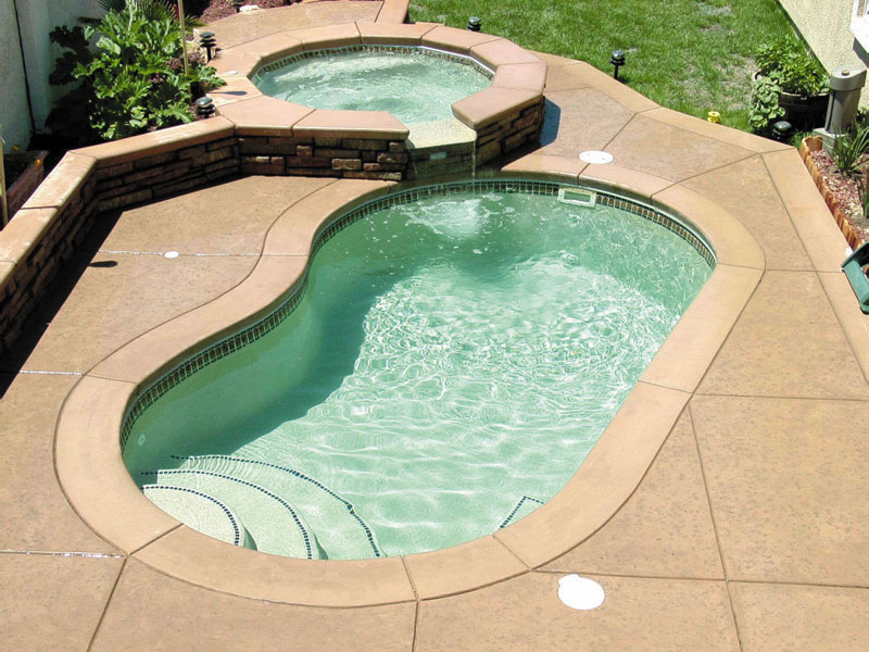 Maui small fiberglass inground viking swimming pool for Small inground swimming pools