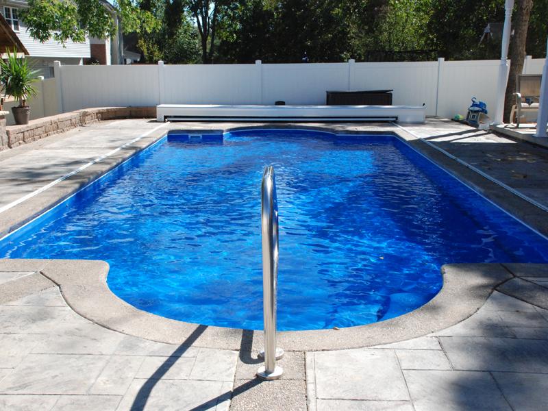 Montego medium fiberglass inground viking swimming pool for Inground pool styles