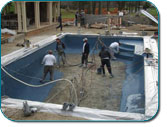 Pros Cons Fiberglass Vs Concrete Gunite Swimming Pools